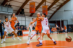 21-11-2018 NED: Netherlands - Bulgaria, Amsterdam<br /> Qualify FIBA Women's EuroBasket 2019 at Sporthallen Zuid Amsterdam / Group Phase Group F, Final Score 89-68 / Loyce Bettonvil #3 of Netherlands, Iva Kostova #7 of Bulgaria