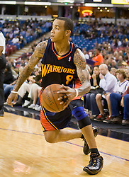 November 8, 2009; Sacramento, CA, USA;  Golden State Warriors guard Monta Ellis (8) during the first quarter against the Sacramento Kings at the ARCO Arena. The Kings defeated the Warriors 120-107.