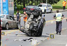 Auckland-Multi vehicle  crash, Central Drive, Henderson