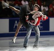 London, Ontario ---10-01-17--- Tessa Virtue and Scott Moir skate their gala performance at the 2010 BMO Canadian Figure Skating Championships in London, Ontario, January 18, 2010. .GEOFF ROBINS/Mundo Sport Images.