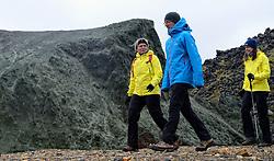 05-07-2014 NED: Iceland Diabetes Challenge dag 1, Landmannalaugar <br /> Vandaag ging de challenge van start. Met een bus gingen we van Vogar naar Landmannalaugar en zagen we de eerste tekenen van het prachtige landschap van IJsland / Petra, Eelco, Anne-Marie