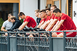 30.05.2016, Forsthofgut, Leogang, AUT, UEFA Euro, Frankreich, Vorbereitung Ungarn, Training, im Bild die Spieler am Ergo Rad // the players on Ergo Bike during a training session at the Trainingscamp of Team Hungary for Preparation of the UEFA Euro 2016 France at the Forsthofgut in Leogang, Austria on 2016/05/30. EXPA Pictures © 2016, PhotoCredit: EXPA/ JFK