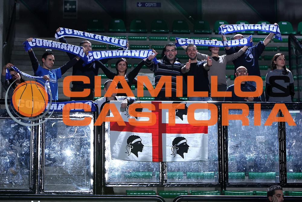 DESCRIZIONE : Treviso Lega A 2011-12 Benetton Treviso Banco di Sardegna Sassari<br /> GIOCATORE : Tifosi Sassari<br /> SQUADRA : Benetton Treviso Banco di Sardegna Sassari<br /> EVENTO : Campionato Lega A 2011-2012 <br /> GARA : Benetton Treviso Banco di Sardegna Sassari<br /> DATA : 17/12/2011<br /> CATEGORIA : Tifosi<br /> SPORT : Pallacanestro <br /> AUTORE : Agenzia Ciamillo-Castoria/G.Contessa<br /> Galleria : Lega Basket A 2011-2012 <br /> Fotonotizia : Treviso Lega A 2011-12 Benetton Treviso Banco di Sardegna Sassari<br /> Predfinita :