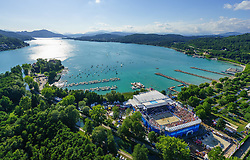 31.07.2015, Strandbad, Klagenfurt, AUT, A1 Beachvolleyball EM 2015, im Bild Übersicht auf die Beach Volleball Arena in Klagenfurt aus der Vogelperspektive, Aufgenommen mit einer Drohne, Luftbild // Overview on the Beach volleyball arena in Klagenfurt bird's-eye view, taken with a drone, Aerial view during the A1 Beachvolleyball European Championship at the Strandbad Klagenfurt, Austria on 2015/07/31. EXPA Pictures © 2015, EXPA Pictures © 2015, PhotoCredit: EXPA/ Mag. Gert Steinthaler