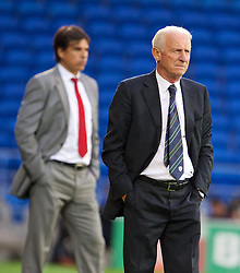 14.08.2013, Cardiff City Stadion, Cardiff, WAL, Testspiel, Wales vs Irland, im Bild Republic of Ireland's head coach Giovanni Trapattoni and Wales' manager Chris Coleman during an International Friendly at the Cardiff City Stadium during the international friendly match between Wales and Ireland at Cardiff City Stadium in Cardiff, Wales on 2013/08/14. EXPA Pictures © 2013, PhotoCredit: EXPA/ Propagandaphoto/ David Rawcliffe<br /> <br /> ***** ATTENTION - OUT OF ENG, GBR, UK *****