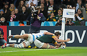 London, Great Britain,  Eban ETZEBETH touches down in the corner during the  South Africa vs Argentina. 2015 Rugby World Cup, Bronze Medal Match.Queen Elizabeth Olympic Park. Stadium, Stratford. East London. England,, Friday  30/10/2015. <br /> [Mandatory Credit; Peter Spurrier/Intersport-images]