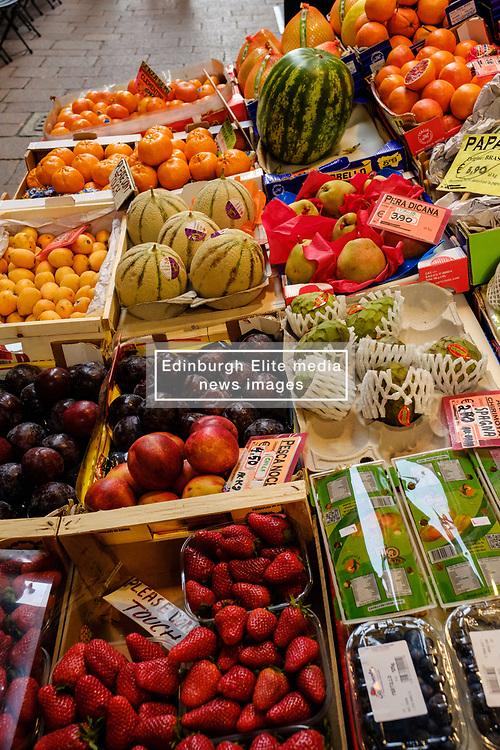 Fruit and vegetable stall in the Via Drapperie, Bologna, Italy<br /> <br /> (c) Andrew Wilson | Edinburgh Elite media