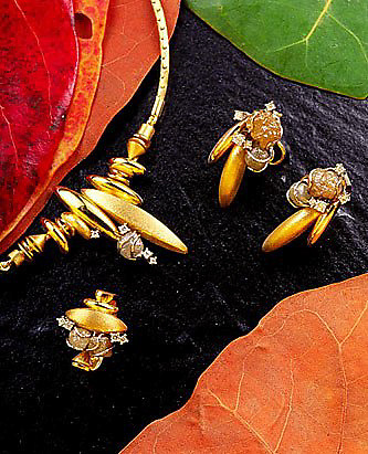 Advertising image for Peter Davey Fine Jewellery.