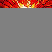 TOLUCA, Mexico.- El Jardin Botanico del Cosmovitral, a pesar del cielo nublado, recibio el equinoccio de primavera, se ilumino de color naranja y el Hombre Sol prendio en llamas; este gran vitral fue creado por el artista plastico Leopoldo Flores en lo que fuera el mercado 16 de septiembre. Agencia MVT / Mario Vazquez de la Torre.