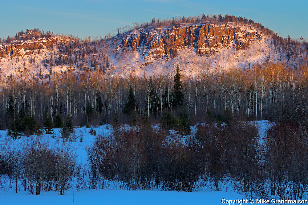 Sunset on hills<br /> Thunder Bay<br /> Ontario<br /> Canada