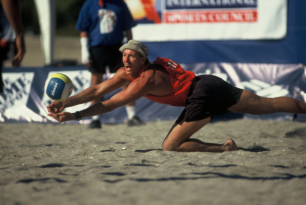 FIVB Professional Beach Volleyball - Olympic Festival - New York, NY - 1999 - Sinjin Smith - Photo by Wally Nell/Volleyball Magazine