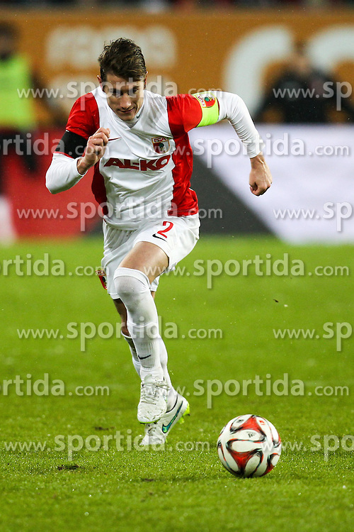 01.02.2015, SGL Arena, Augsburg, GER, 1. FBL, FC Augsburg vs TSG 1899 Hoffenheim, 18. Runde, im Bild Paul Verhaegh #2 (FC Augsburg) // during the German Bundesliga 18th round match between FC Augsburg and TSG 1899 Hoffenheim at the SGL Arena in Augsburg, Germany on 2015/02/01. EXPA Pictures &copy; 2015, PhotoCredit: EXPA/ Eibner-Pressefoto/ Kolbert<br /> <br /> *****ATTENTION - OUT of GER*****