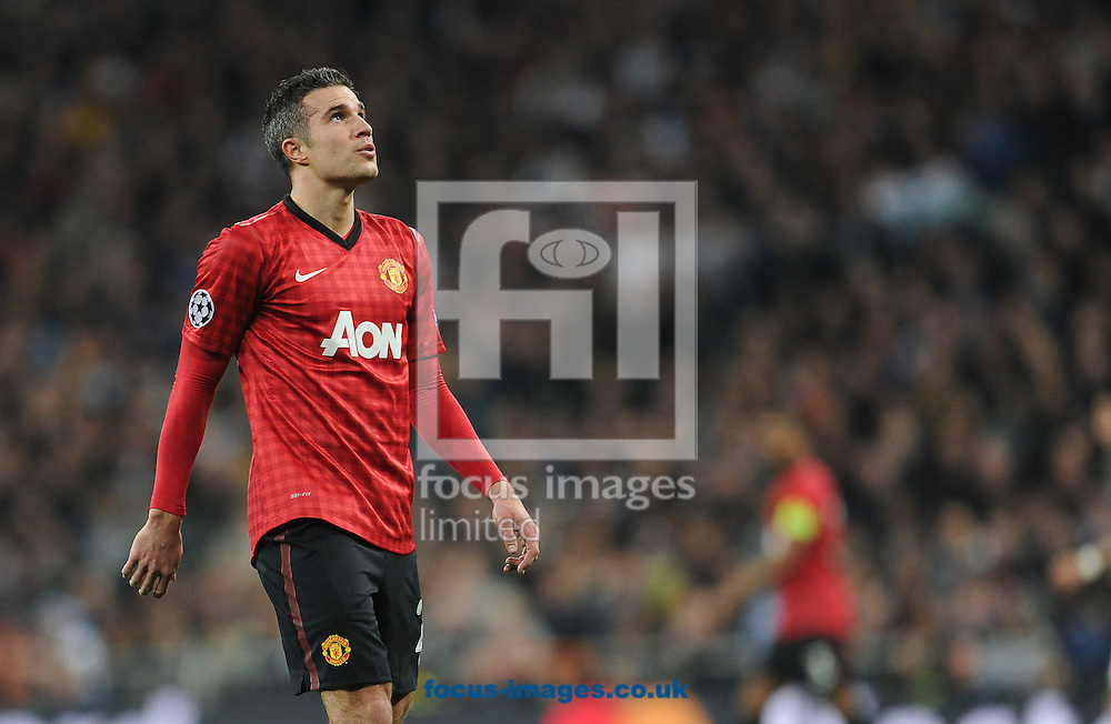 Picture by Andrew Timms/Focus Images Ltd +44 7917 236526.13/02/2013.Robin Van Persie of Manchester United during the UEFA Champions League match against Real Madrid at the Estadio Santiago Bernabéu, Chamartín.