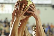 DESCRIZIONE : Roma Lega A 2011-12 Virtus Roma Cimberio Varese<br /> GIOCATORE : mani<br /> CATEGORIA : mani<br /> SQUADRA : Virtus Roma Cimberio Varese<br /> EVENTO : Campionato Lega A 2011-2012<br /> GARA : Virtus Roma Cimberio Varese<br /> DATA : 30/10/2011<br /> SPORT : Pallacanestro<br /> AUTORE : Agenzia Ciamillo-Castoria/GiulioCiamillo<br /> Galleria : Lega Basket A 2011-2012<br /> Fotonotizia : Roma Lega A 2011-12 Virtus Roma Cimberio Varese<br /> Predefinita :