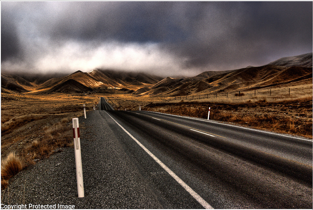 The Pass, New Zealand South Island High Country of Otago. Lord of The Rings, Hobbit areas
