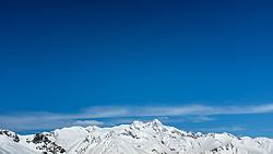 THEMENBILD - Panoramaansicht auf die tiefwinterlichen, Schneebedeckten Berge der Glocknergruppe mit Großglockner (höchster Berg Österreichs) im Nationalpark Hohe Tauern. Kals am Großglockner, Österreich am Montag, 2. April 2018 // Panoramic view of the deep-wintered, snow-capped mountains of the Glockner group with Grossglockner (highest mountain in Austria) in the Hohe Tauern National Park. Monday, April 2, 2018 in Kals am Grossglockner, Austria. EXPA Pictures © 2018, PhotoCredit: EXPA/ Johann Groder