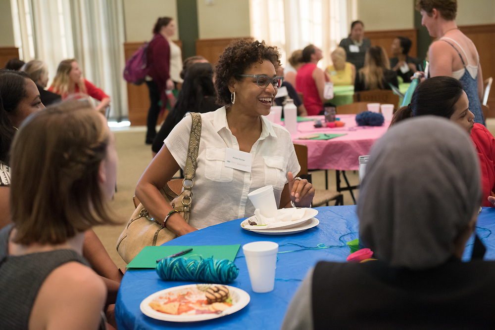 Allison Hunter participates in an activity prior to meeting her mentee during the Women's Mentoring Meet and Greet event on Sept. 4, 2018 in Walter Rotunda. Photo by Hannah Ruhoff