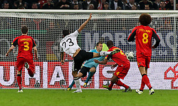 11.10.2011, Esprit Arena, Duesseldorf, GER, UEFA EURO 2012 Qualifikation, Deutschland (GER) vs Belgien (BEL), im Bild..Tor zum 3:0 durch Mario Gomez (GER) , Torwart Simon Mignolet (Belgien) machtlos  ..// during the UEFA Euro 2012 qualifying round Germany vs Belgium  at Esprit Arena, Duesseldorf 2011-10-11 EXPA Pictures © 2011, PhotoCredit: EXPA/ nph/  Hessland       ****** out of GER / CRO  / BEL ******