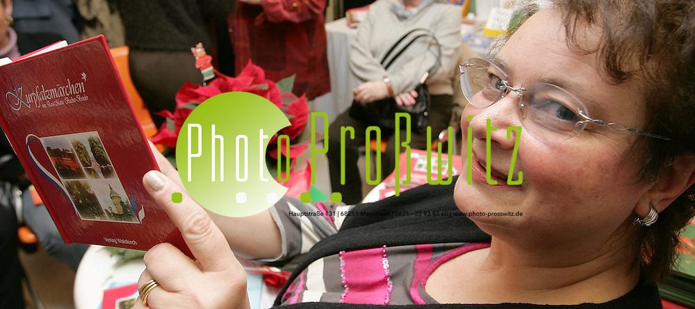 Mannheim. Feudenheim. Linde Buch. Buchvorstellung &quot;Kurpfalzm&auml;rchen&quot; von Eva-Maria Becker-Bender.<br /> <br /> Bild: Markus Pro&szlig;witz<br /> ++++ Archivbilder und weitere Motive finden Sie auch in unserem OnlineArchiv. www.masterpress.org ++++