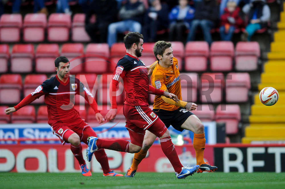 Wolves Forward Kevin Doyle (IRL) breaks down the wing during the first half of the match - Photo mandatory by-line: Rogan Thomson/JMP - Tel: Mobile: 07966 386802 01/12/2012 - SPORT - FOOTBALL - Ashton Gate - Bristol. Bristol City v Wolverhampton Wanderers - npower Championship.