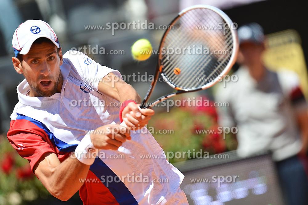 17.05.2012, Foro Italico, Rom, ITA, ATP World Tour, Internationali BNL d Italia, im Bild Novak Djokovic of Serbia // during the ATP World Tour, Internationali BNL d Italia at the Foro Italico, Rome, Italy on 2012/05/17. EXPA Pictures © 2012, PhotoCredit: EXPA/ Insidefoto/ Andrea Staccioli..***** ATTENTION - for AUT, SLO, CRO, SRB, SUI and SWE only *****