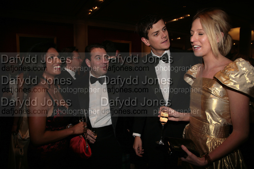 Alan and Gina Miller,  Lord Alexander Spencer Churchill and Ben Goldsmith, THE DINER DES TSARS in aid of UNICEF. To celebrate the launch of Quintessentially Wine, Guildhall. London. 29 March 2007.  -DO NOT ARCHIVE-© Copyright Photograph by Dafydd Jones. 248 Clapham Rd. London SW9 0PZ. Tel 0207 820 0771. www.dafjones.com.