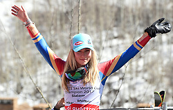18.03.2017, Aspen, USA, FIS Weltcup Ski Alpin, Finale 2017, Slalom, Damen, im Bild Mikaela Shiffrin (USA, 2. Platz und Slalom-Weltcupsiegerin)z) // second placed and Slalom World Cup winner Mikaela Shiffrin of the USA during the ladies's Slalom of 2017 FIS ski alpine world cup finals. Aspen, United Staates on 2017/03/18. EXPA Pictures © 2017, PhotoCredit: EXPA/ Erich Spiess