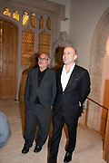 ALAN YENTOB; MARC QUINN, Man Booker prize 2011. Guildhall. London. 18 October 2011. <br /> <br />  , -DO NOT ARCHIVE-© Copyright Photograph by Dafydd Jones. 248 Clapham Rd. London SW9 0PZ. Tel 0207 820 0771. www.dafjones.com.