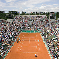 31 May 2007: General view of Suzanne Lenglen court during the Men's Singles 2nd round match on day five of the French Open at Roland Garros in Paris, France.
