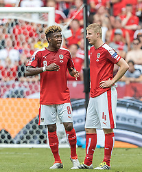 23.06.2016, Stade de France, St. Denis, FRA, UEFA Euro 2016, Island vs Oesterreich, Gruppe F, im Bild David Alaba (AUT), Martin Hinteregger (AUT) // David Alaba (AUT) Martin Hinteregger (AUT) during Group F match between Iceland and Austria of the UEFA EURO 2016 France at the Stade de France in St. Denis, France on 2016/06/23. EXPA Pictures © 2016, PhotoCredit: EXPA/ JFK
