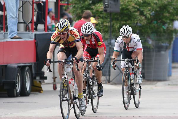 Paul Martin (Kentucky Flyers), Brian Jensen (Heartland Road Racing Club), Eric Marcotte (Bianchi/Grand Performance) in the final three man break at the Quad Cities Criterium.