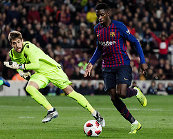 BARCELONA, Jan. 18, 2019  FC Barcelona's Ousmane Dembele (R) and Lavente's goalkeeper Aitor Fernandez compete.    during the Spanish King's Cup eighth final match between FC Barcelona and Lavente in Barcelona, Spain, on Jan. 17, 2019. (Credit Image: © Joan Gosa/Xinhua via ZUMA Wire)