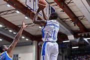 DESCRIZIONE : Beko Legabasket Serie A 2015- 2016 Dinamo Banco di Sardegna Sassari -Vanoli Cremona<br /> GIOCATORE : Brenton Petway<br /> CATEGORIA : Tiro Tre Punti Three Point<br /> SQUADRA : Dinamo Banco di Sardegna Sassari<br /> EVENTO : Beko Legabasket Serie A 2015-2016<br /> GARA : Dinamo Banco di Sardegna Sassari - Vanoli Cremona<br /> DATA : 04/10/2015<br /> SPORT : Pallacanestro <br /> AUTORE : Agenzia Ciamillo-Castoria/L.Canu