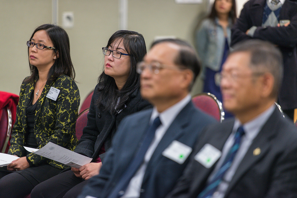 Guests listen to comments during a partnership signing ceremony between HISD and Taipei City, December 17, 2015.