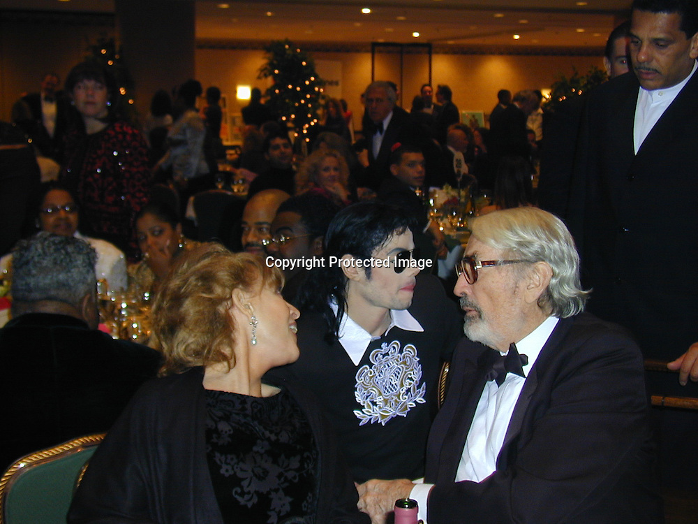 Michael Jackson, Gregory Peck and wife<br />