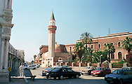 Libyan Arab Jamahiriya   .Tripoli       June 2002. The Medina, The Mohammed Pasha Mosque.Libia Tripoli  Giugno 2002.La Medina, La Moschea Mohammed Pasha.