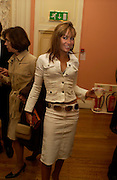 Tara palmer-Tompkinson, Party to celebrate the publication of ' The Swallow and the Hummingbird by Santa Sebag-Montefiore. The English Speaking Union. 15 March 2004. ONE TIME USE ONLY - DO NOT ARCHIVE  © Copyright Photograph by Dafydd Jones 66 Stockwell Park Rd. London SW9 0DA Tel 020 7733 0108 www.dafjones.com