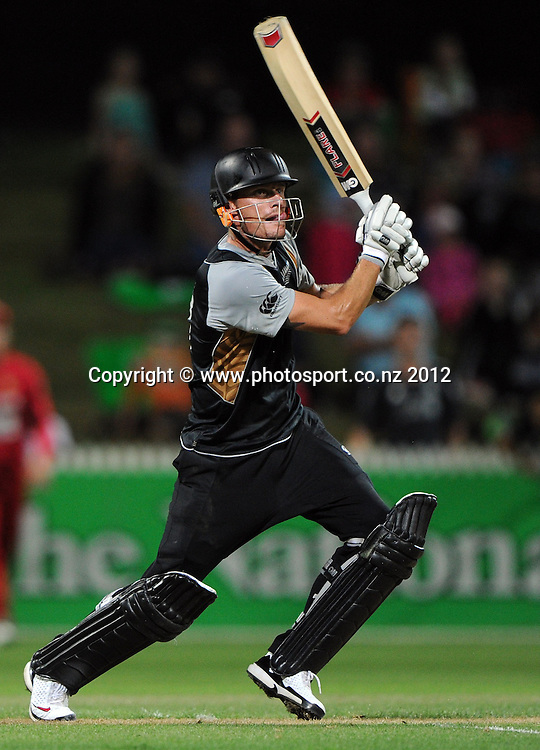 Rob Nicol during the 2nd Twenty20 InternationaI cricket match between New Zealand and Zimbabwe at Seddon Park in Hamilton, New Zealand on Tuesday 14 February 2012. Photo: Andrew Cornaga/Photosport.co.nz
