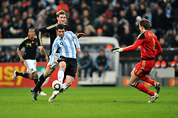 03.03.2010, Allianz Arena Muenchen, Muenchen, GER,  Laenderspiel Deutschland ( GER ) - Argentinien ( ARG ) im Bild  1:0 ARG durch Gonzalo Higuain German Keeper Rene Adler versucht abzuwehren, kam zu weit raus ( ARG #09 ). EXPA Pictures © 2010, PhotoCredit: EXPA/ nph/  Kurth / for Slovenia SPORTIDA PHOTO AGENCY.