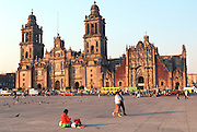 MEXICO, MEXICO CITY, ZOCALO the Cathedral and El Sagrario