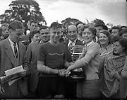 Cycle Race - 126 Mile Championship of Ireland at Dundalk.Shea Elliott wins.26/07/1953