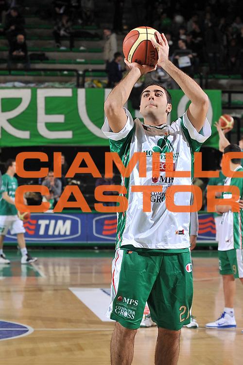 DESCRIZIONE : Treviso Lega A 2010-11 Benetton Treviso vs Montepaschi Siena<br /> GIOCATORE : Pietro Aradori<br /> SQUADRA : Benetton Treviso<br /> EVENTO : Lega A 2010-2011<br /> GARA : Benetton Treviso vs Montepaschi Siena<br /> DATA : 28/12/2010<br /> CATEGORIA : Pregame<br /> SPORT : Pallacanestro <br /> AUTORE : Agenzia Ciamillo-Castoria/S.Ferraro<br /> Galleria : Lega A 2010-2011<br /> Fotonotizia : Treviso Lega A 2010-11 Benetton Treviso vs Montepaschi Siena<br /> Predefinita :