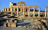 Libia  Sabratha .Città  romana a circa 67km da Tripoli.Teatro Romano, l'esterno del teatro.<br /> Sabratha Libya.<br /> Roman city about 67km from Tripoli. Roman Theatre, outside the theater