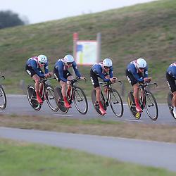 27-09-2016: Wielrennen: Olympia Tour: Hardenberg <br />HARDENBERG (NED) wielrennen<br />Nederlands oudste wielerkoers ging van start in Hardenberg met een ploegentijdrit. Team USA