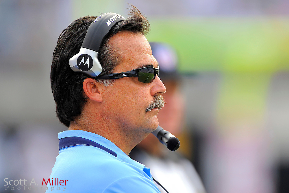 Oct. 4, 2009; Jacksonville, FL, USA; Tennessee Titans coach Jeff Fisher during his team's 37-17 loss to the Jacksonville Jaguars at Jacksonville Municipal Stadium. ©2009 Scott A. Miller