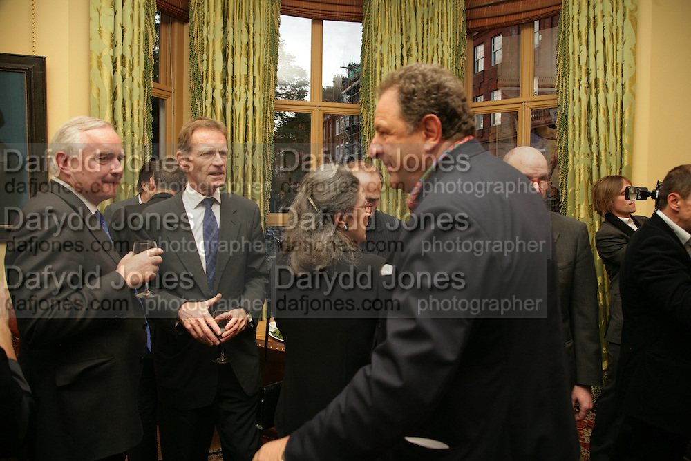 Sir Timothy Clifford, Nicholas Serota and Jean Pigozzi, Party for Jean Pigozzi hosted by Ivor Braka to thank him for the loan exhibition 'Popular Painting' from Kinshasa'  at Tate Modern. Cadogan sq. London. 29 May 2007.  -DO NOT ARCHIVE-© Copyright Photograph by Dafydd Jones. 248 Clapham Rd. London SW9 0PZ. Tel 0207 820 0771. www.dafjones.com.