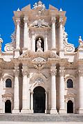 Duomo di Syracusa cathedralTemple of Minerva - Tempio di Minerva - front elevation in Piazza Duomo, Ortigia, Sicily, Italy