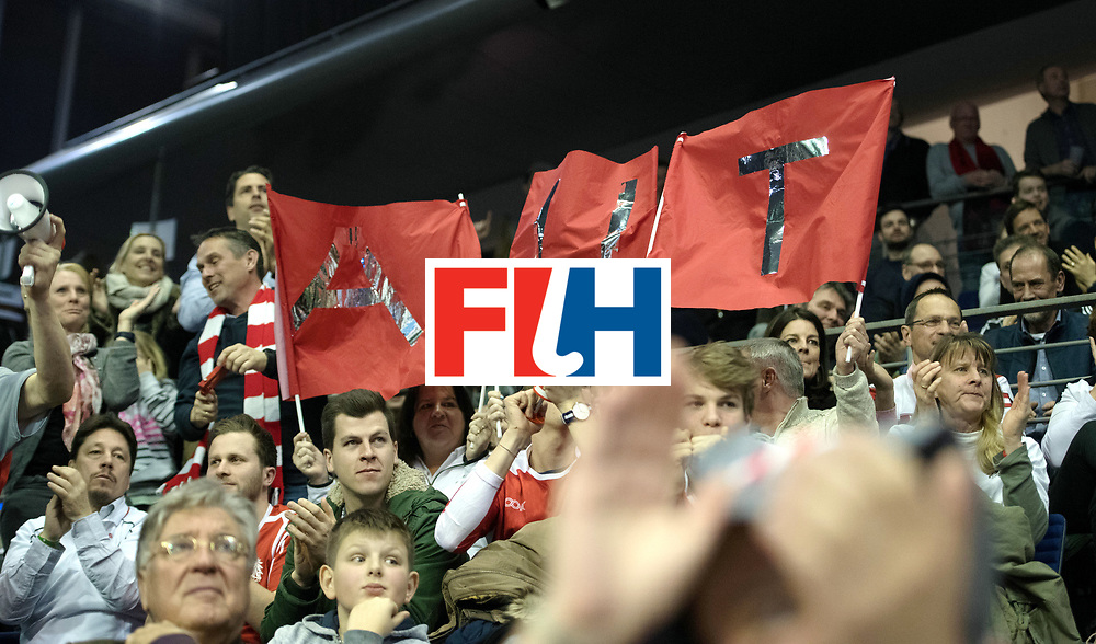 BERLIN - Indoor Hockey World Cup<br /> Quarterfinal 2: Austria - Poland<br /> foto: Fans<br /> WORLDSPORTPICS COPYRIGHT FRANK UIJLENBROEK