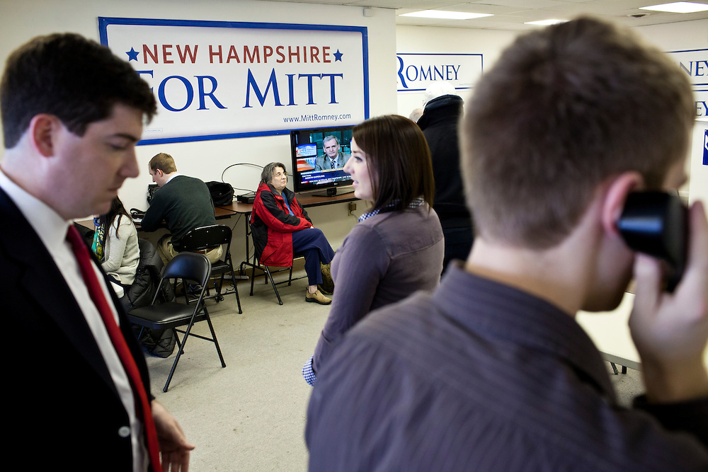 Volunteers and staff at the New Hampshire campaign headquarters of Republican presidential candidate Mitt Romney on Monday, January 9, 2012 in Manchester, NH. Brendan Hoffman for the New York Times