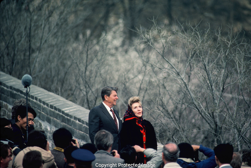 President Reagand and First Lady Nancy Reagan visit the Great Wall during the visit of President Ronald Reagan to China  in April 1984.<br /> Photo by Dennis Brack
